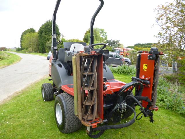 Toro Finish Mower : Toro hayter ct triple gang mower diesel kubota