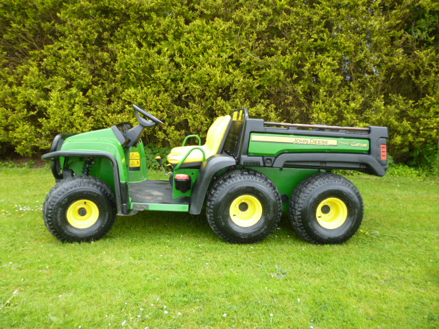 SOLD!!! JOHN DEERE GATOR 6X4 YEAR 2013