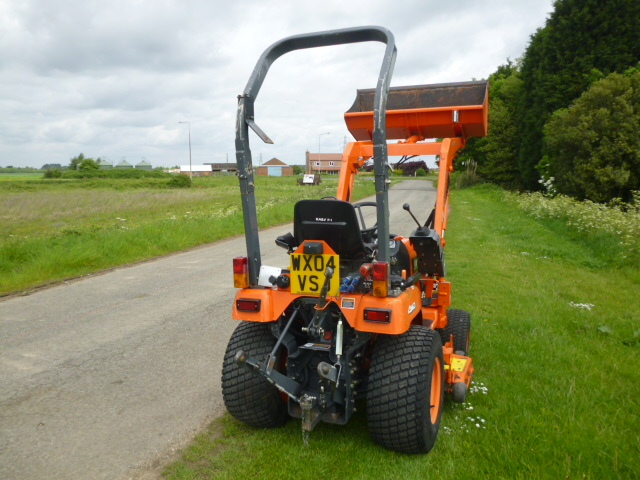 SOLD!!! KUBOTA BX2200 WITH LOADER 4X4 CUTTING DECK
