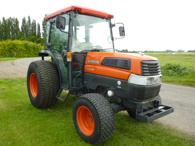SOLD!!! KUBOTA L5030 TRACTOR COMPACT WITH CAB