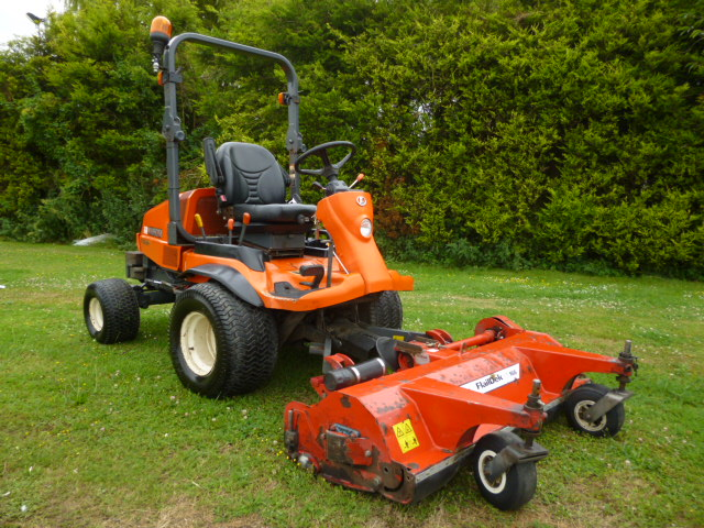 SOLD!!! KUBOTA F3680 OUTFRONT FLAIL MOWER