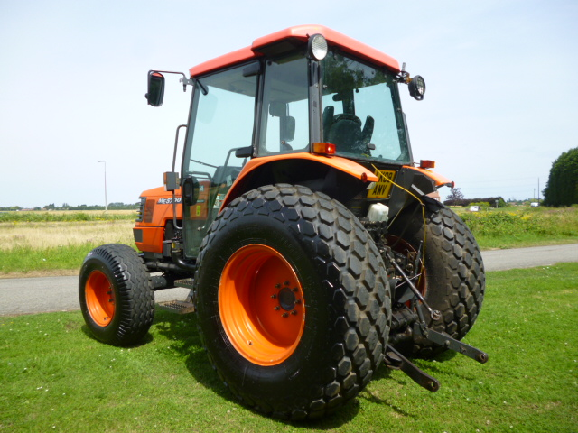 SOLD!!! KUBOTA ME5700 COMPACT TRACTOR 4x4 AIR CON