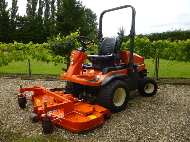 SOLD!!! KUBOTA F3680 ONLY 650 HOURS LIKE NEW MOWER