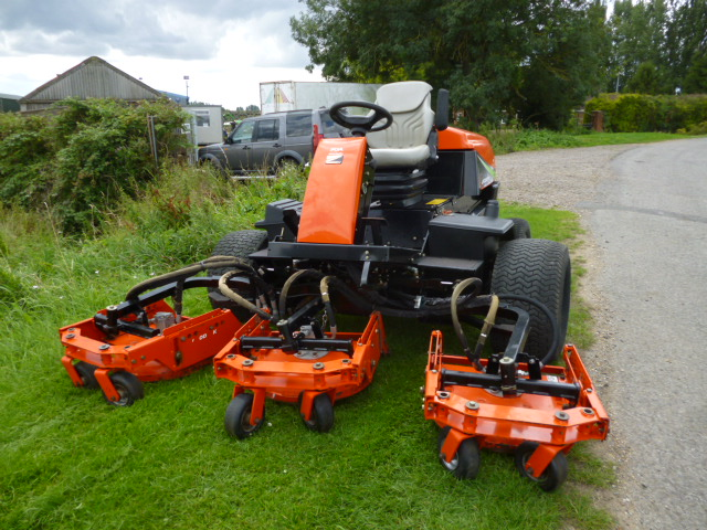 sold ! JACOBSEN AR250 5 POD ROUGH MOWER