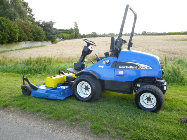 SOLD!!! NEW HOLLAND MC35 OUTFRONT MOWER HRS 1800