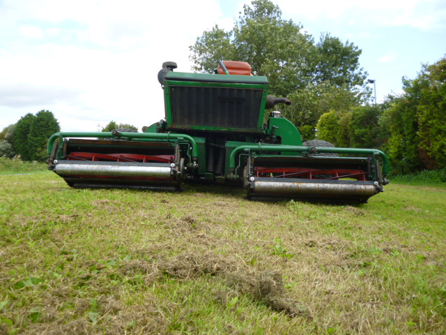 SOLD!!! RANSOMES 180D TRIPLE RIDE ON MOWER