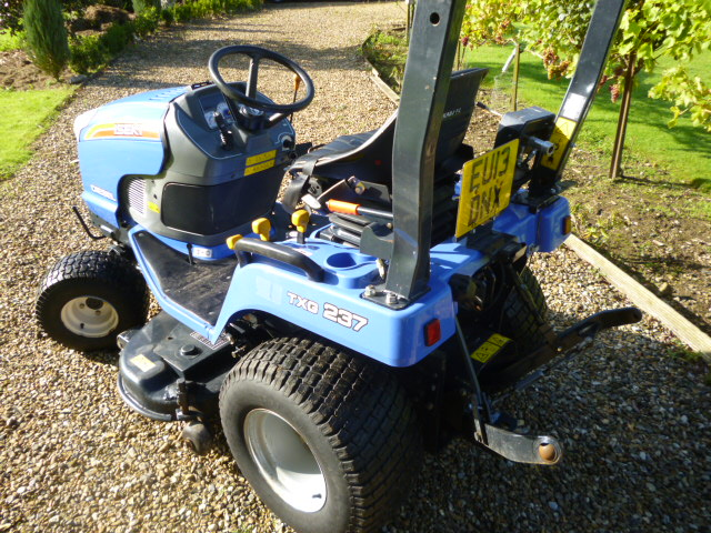 SOLD!!! ISEKI TXG 237 FH COMPACT TRACTOR