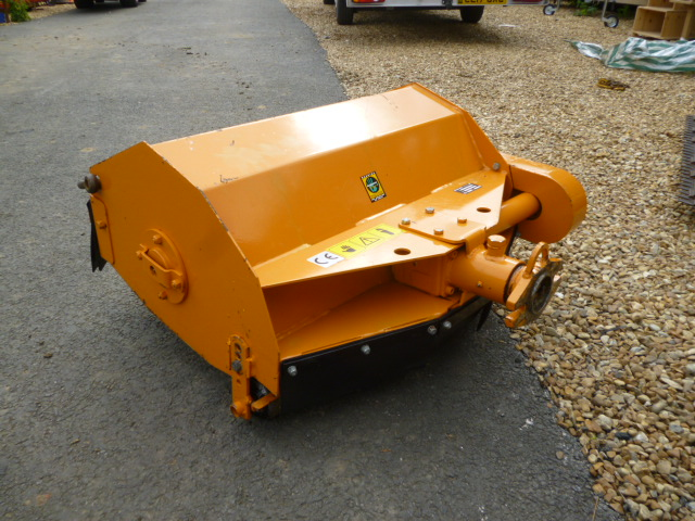 SOLD!!! REFORM M9 HYDRO BANK MOWER FLAIL AND FINGE