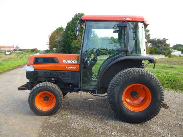 SOLD!!! KUBOTA L5030 TRACTOR CAB TURF TYRES