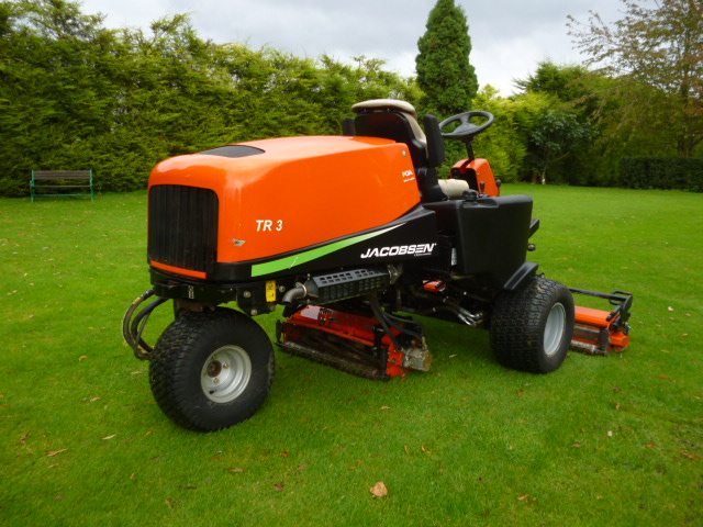 SOLD!!! JACOBSEN TR3 TEES MOWER DIESEL 3WD KUBOTA