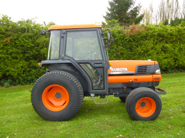SOLD!!! KUBOTA L3600 TRACTOR CAB 36HP GST TRANS