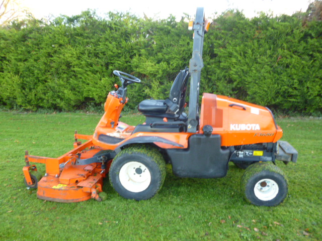 SOLD!!! KUBOTA F3680 OUTFRONT MOWER 4X4 DIESEL CYL