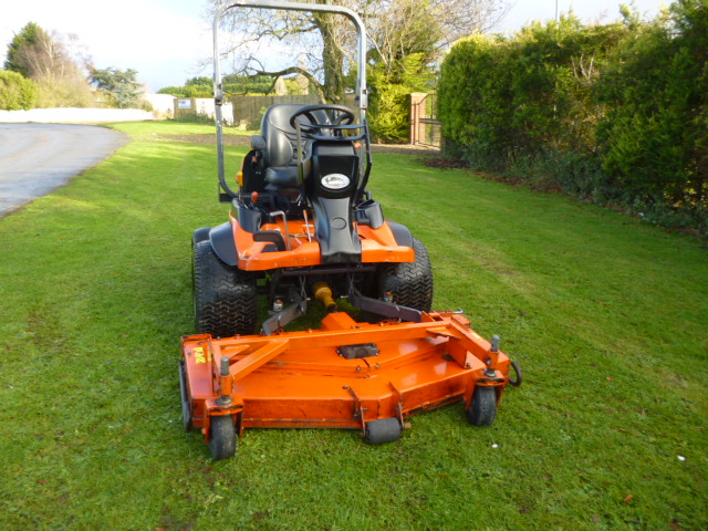 SOLD!!! KUBOTA F3890 OUTFRONT MOWER 4X4