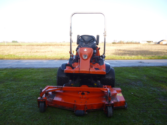 SOLD!!! KUBOTA F3680 OUTFRONT ROTARY MOWER REAR DI