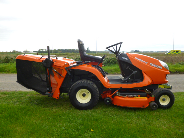 SOLD!!! KUBOTA GR1600 II RIDE ON MOWER DIESEL COLL