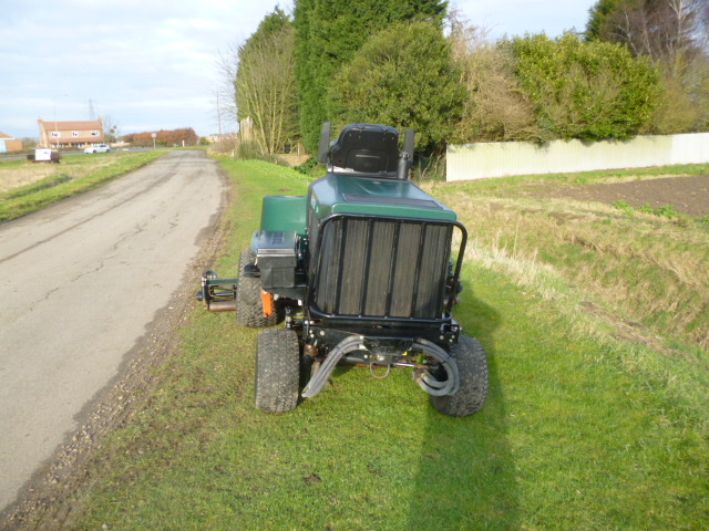 SOLD!!! HAYTER LT324 TRIPLE RIDE ON MOWER