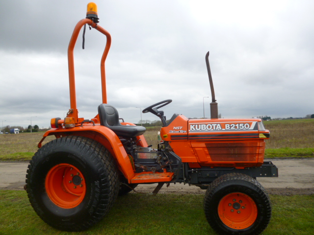 SOLD!!! KUBOTA B2150 COMPACT TRACTOR 4x4 bio steer