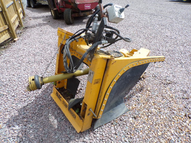 SOLD!!! BLEC SG100 STUMP GRINDER GROUNDCARE EQUIPM