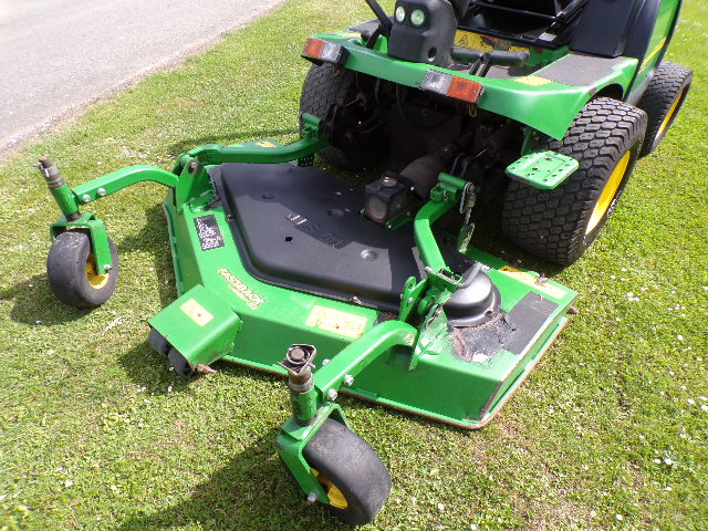SOLD!!! JOHN DEERE 1545 OUTFRONT MOWER ROTARY 5FT