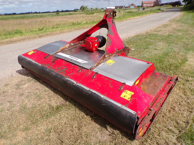 SOLD!!! TRIMAX PROCUT S3 237 FINISHING MOWER TRACT