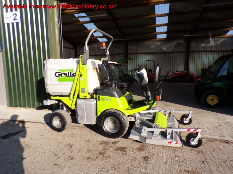 SOLD ! GRILLO FD1500 PRO OUTFRONT MOWER COLLECTOR