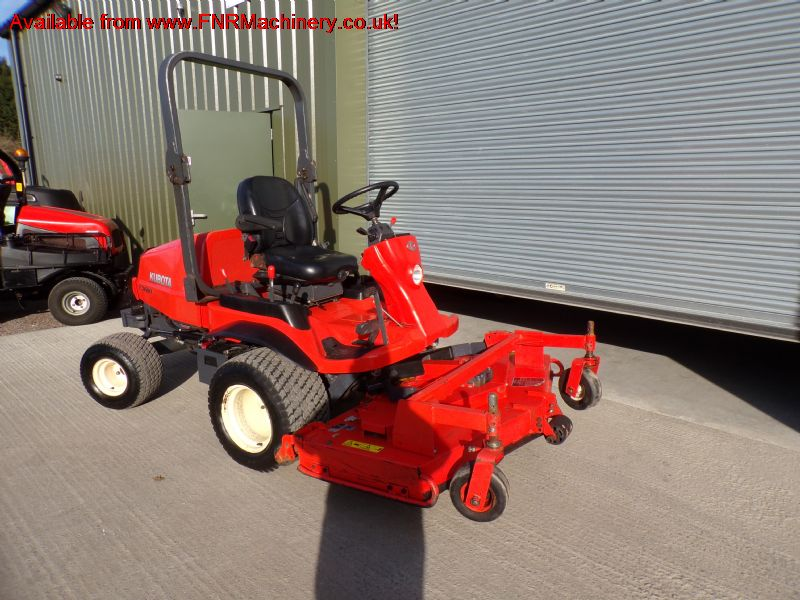 KUBOTA F3680 RIDE ON MOWER DIESEL 4X4