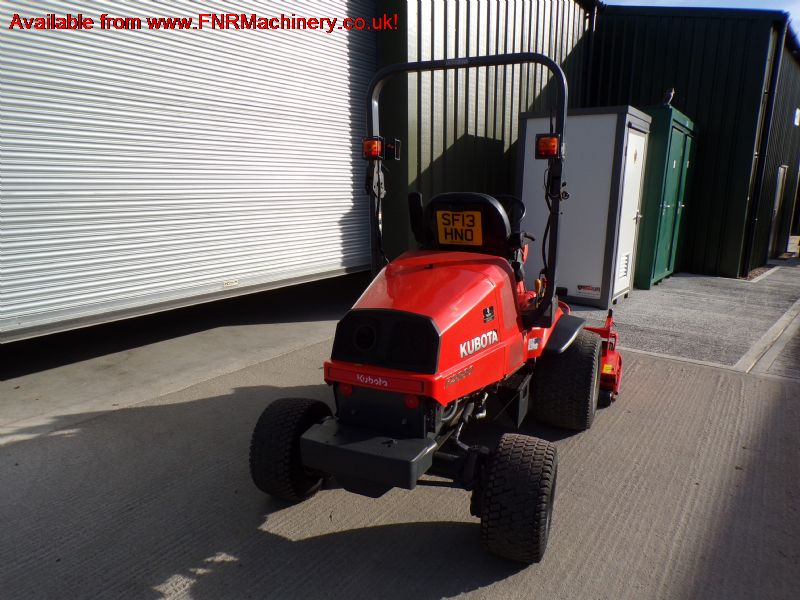 KUBOTA F2880 RIDE ON MOWER DIESEL OUTFRONT 4X4