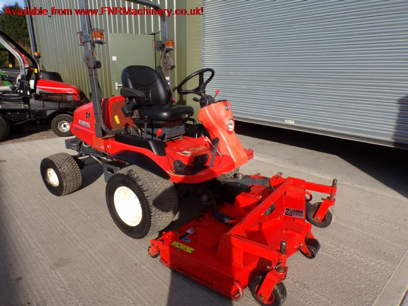 SOLD!!  KUBOTA F2880 RIDE ON MOWER DIESEL OUTFRONT