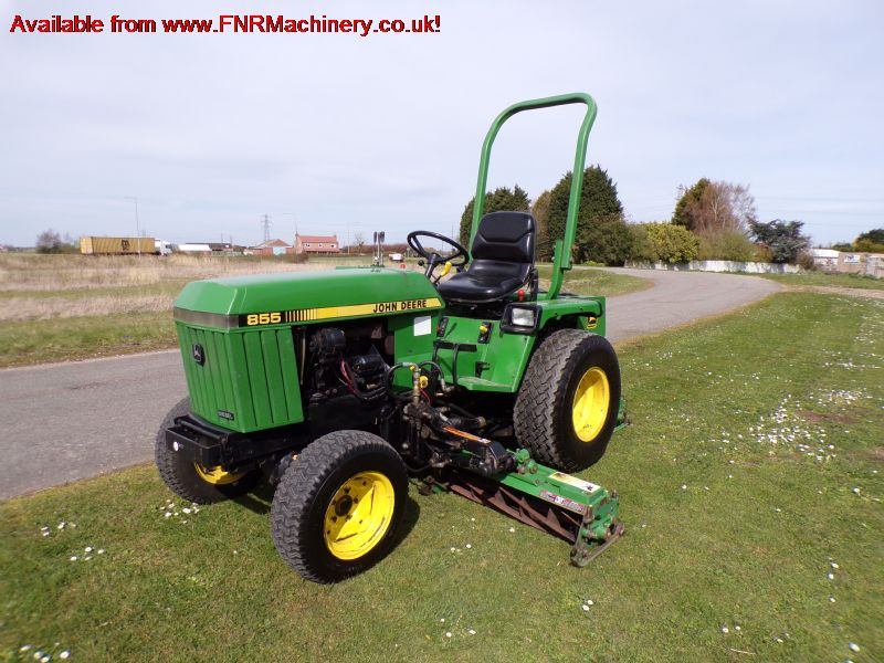 JOHN DEERE 855 TRACTOR WITH MOWER DECK