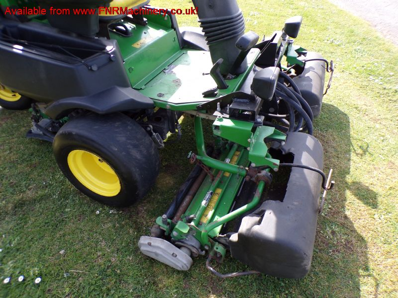 JOHN DEERE 2500B PRECISION CUT MOWER greens mower