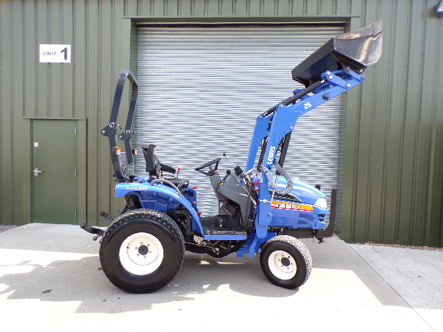 SOLD ! ISEKI TH4335 TRACTOR LOADER 4X4 LOW HOURS 4