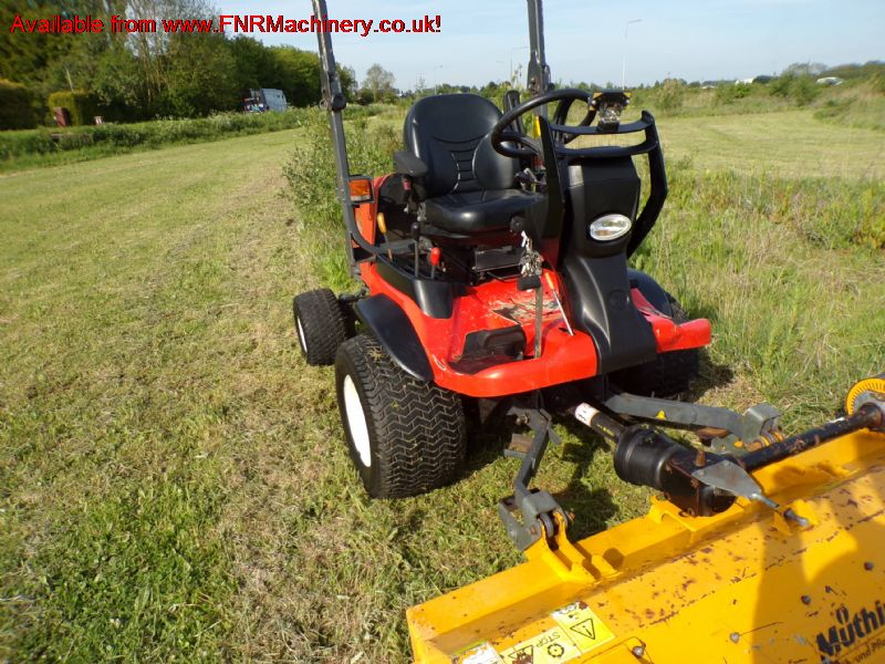 SOLD !!  KUBOTA F3890 OUTFRONT MUTHING FLAIL RIDE
