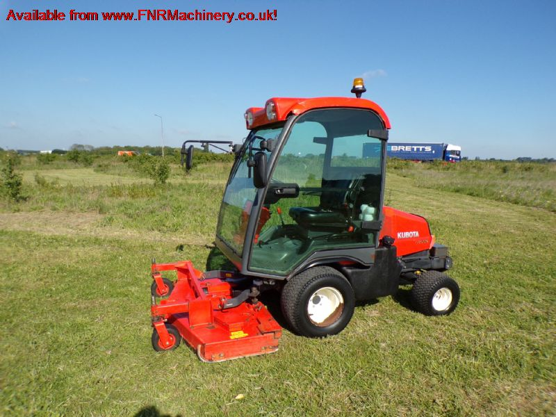 sold ! KUBOTA F3680 OUTFRONT ROTARY MOWER
