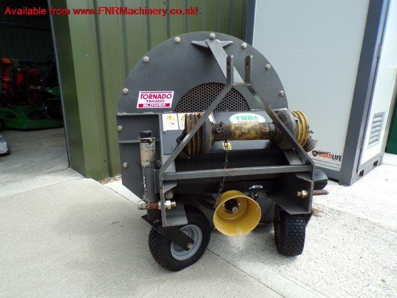 sold ! TURFMECH TORNADO TM300 TRACTOR MOUNT BLOWER