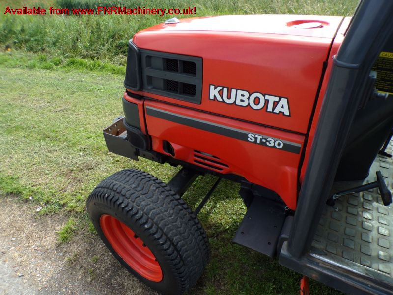 sold ! KUBOTA ST30 COMPACT TRACTOR WITH CAB