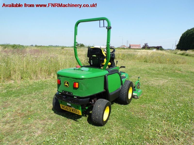 SOLD !! JOHN DEERE 1545 OUTFRONT ROTARY MOWER