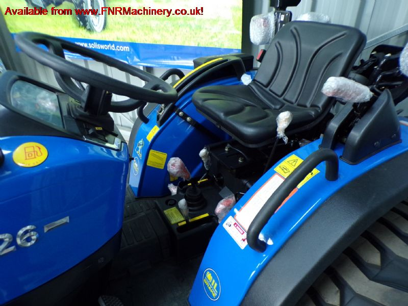 SOLIS 26 COMPACT TRACTOR WITH INDUSTRIAL TYRES