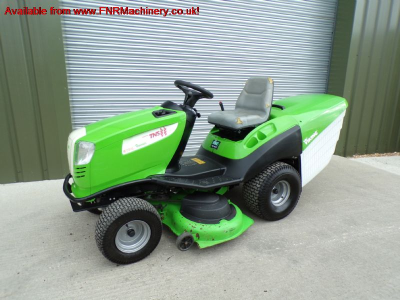 VIKING MT6127ZL  RIDE ON MID ROTARY MOWER COLLECTO