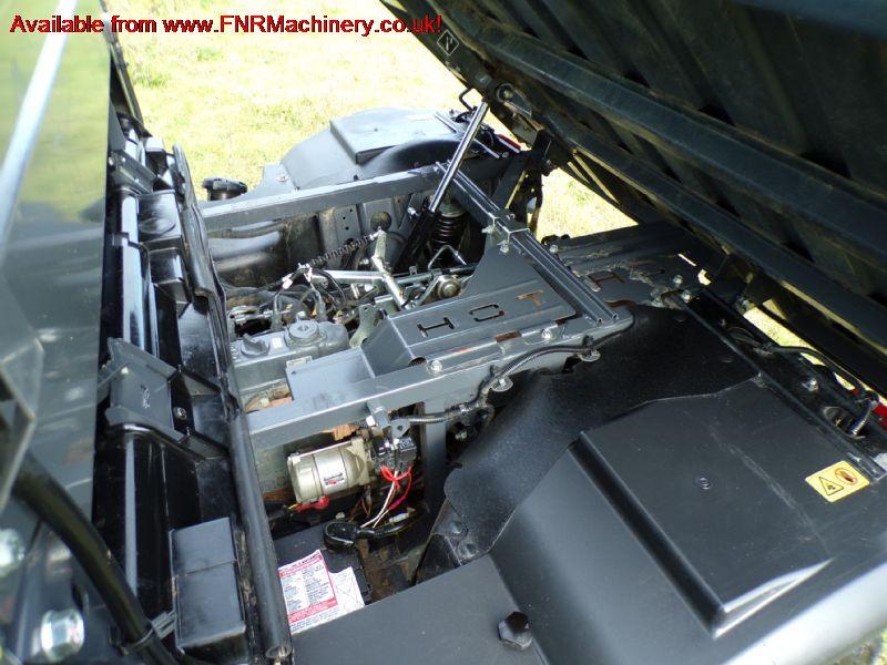 SOLD ! KUBOTA RTV X900 FULL CAB UTILITY VEHICLE