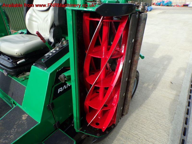 RANSOMES COMMANDER 3520 5 GANG RIDE ON MOWER