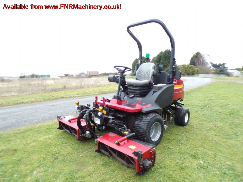 TORO LT3340 TRIPLE CYLINDER RIDE ON MOWER