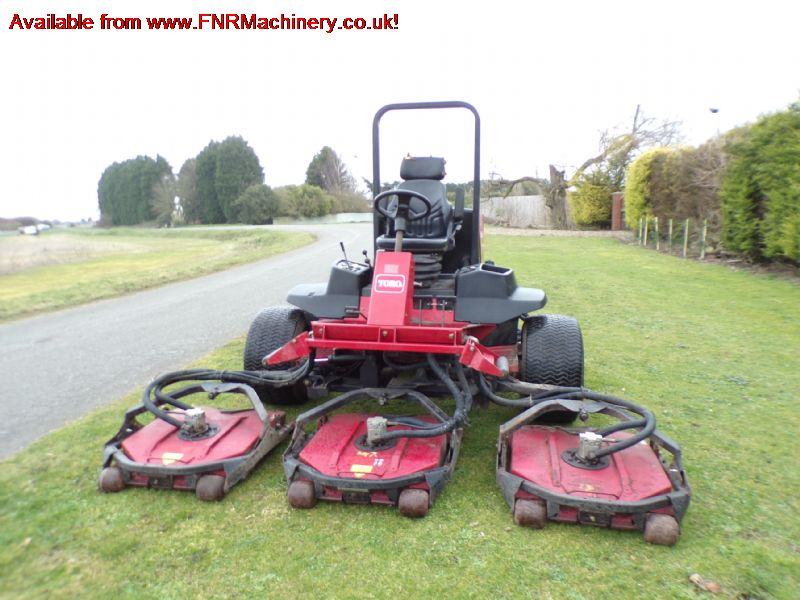 TORO 4500D GROUNDSMASTER ROTARY OUTFRONT MOWER