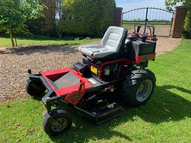 SOLD ! CONVERTIBLE MOWER RIDE ON WALK KAWASAKI PET