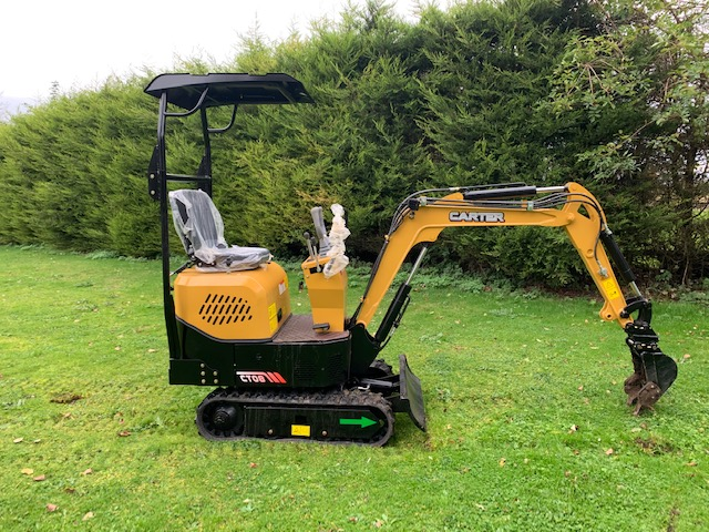 carter 0.8 mini digger 3 buckets quick hitch