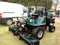 SOLD!!! HAYTER LT324 TRIPLE CYLINDER RIDE ON MOWER