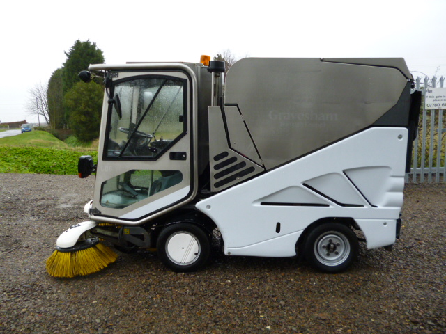SOLD!!! APPLIED SWEEPER 636 WITH CAB