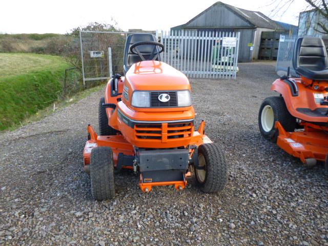 SOLD!!! KUBOTA G2160 RIDE ON ROTARY MOWER