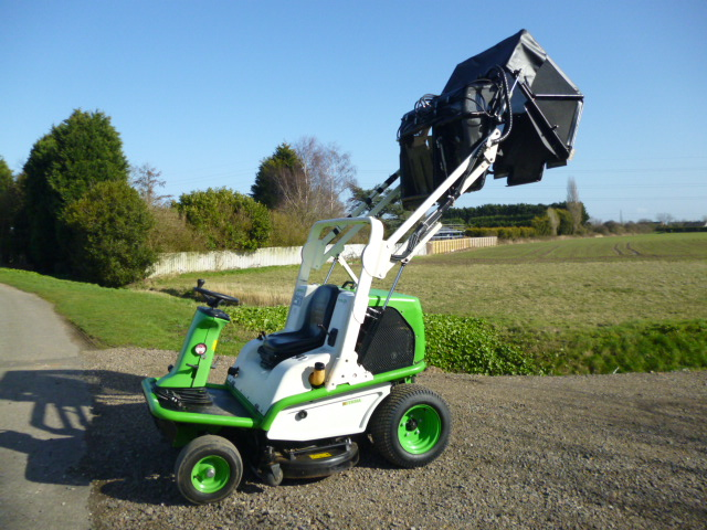 SOLD!!! ETESIA 124DS HIGH LIFT MID MOUNT ROTARY LA