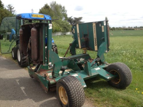 SOLD!!! MAJOR TDR 12000 BATWING ROTARY TRACTOR PTO
