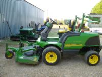 SOLD!!! JOHN DEERE F1445 RIDE ON LAWN MOWER